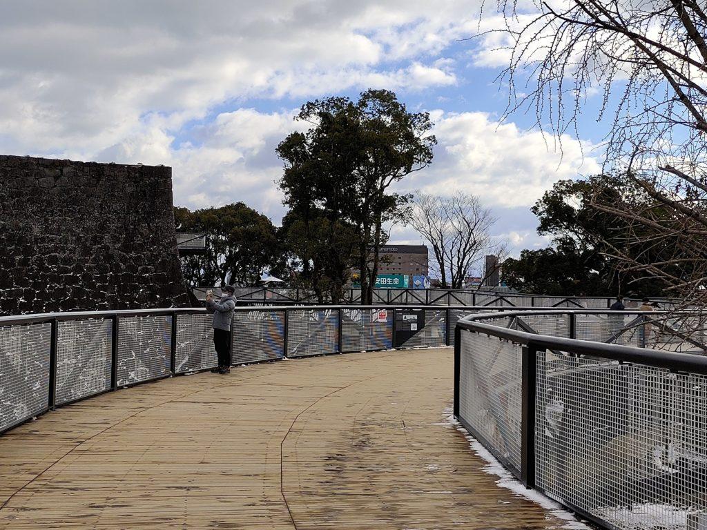 復興途中でも見学できるよう設けられた地上約6mの高さにある特別見学通路